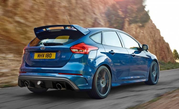ford-focus-rs-350-cv-04-1440px