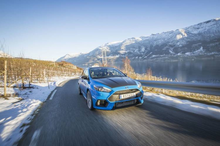ford-focus-rs-taxi-1