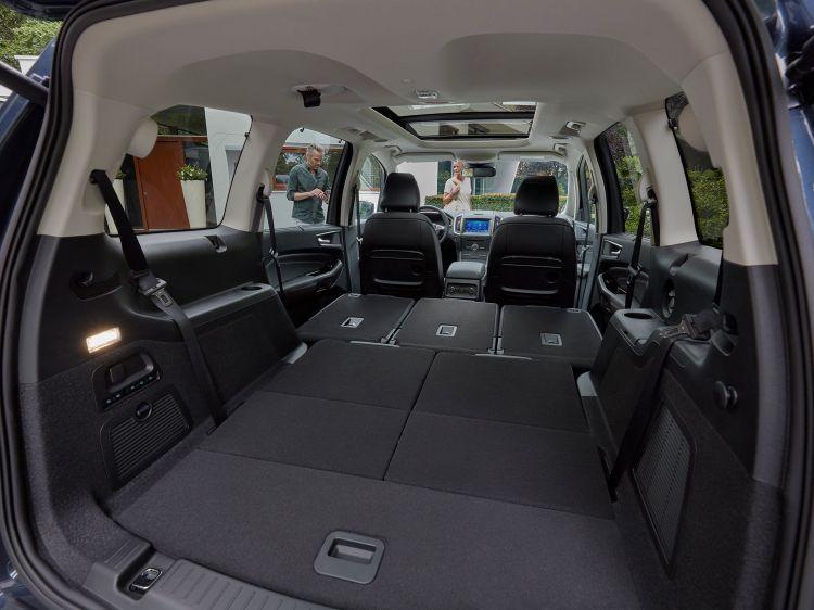 Ford Galaxy 2019 10