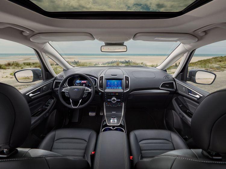 Ford Galaxy 2019 11