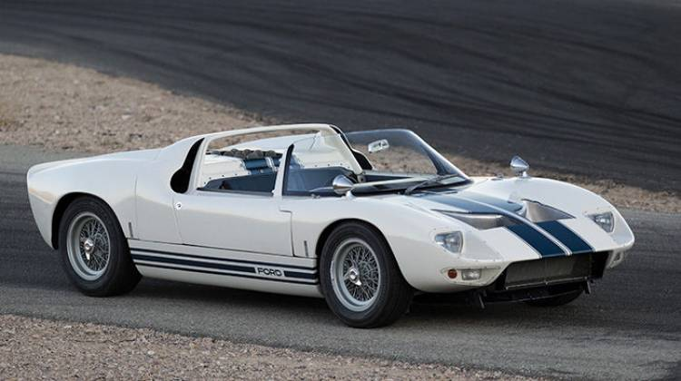 Ford GT 40 Roadster Prototype