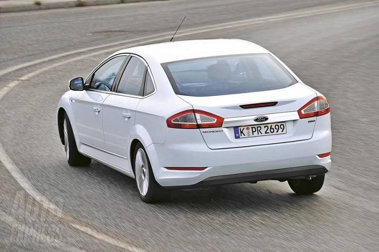 Fotos espía del Ford Mondeo 2010