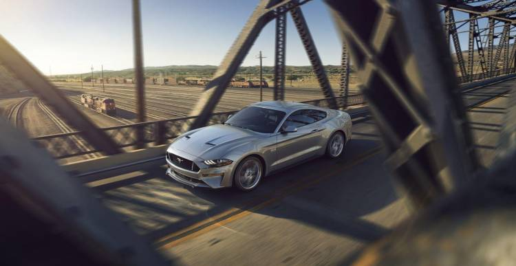 ford-mustang-2018-5