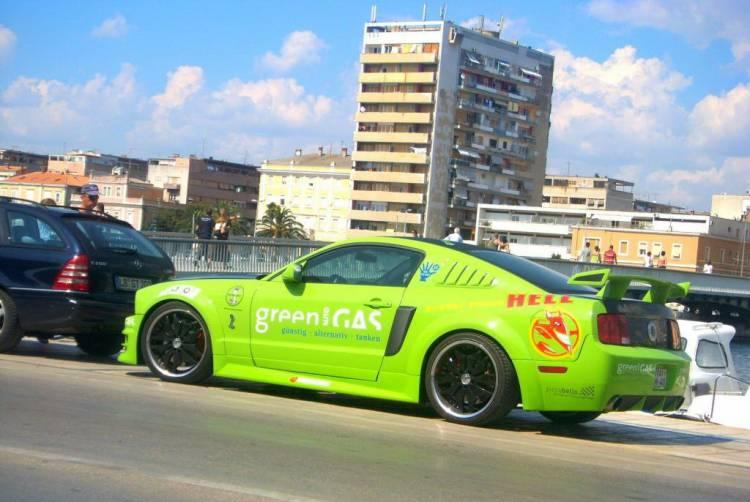Ford Mustang GT propulsado por GPL