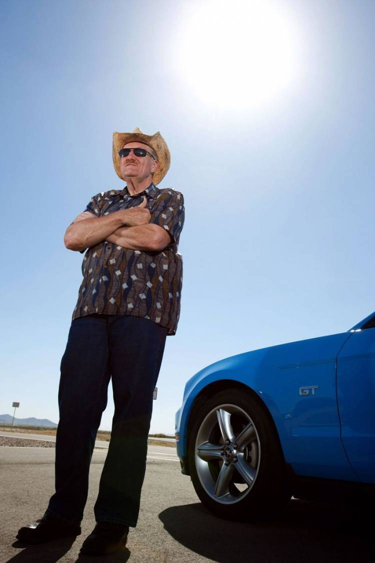 Roger Keeney a bordo del 2010 Ford Mustang