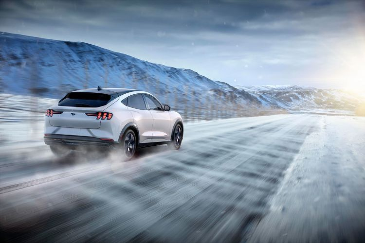 Ford Mustang Mach E 2020 18