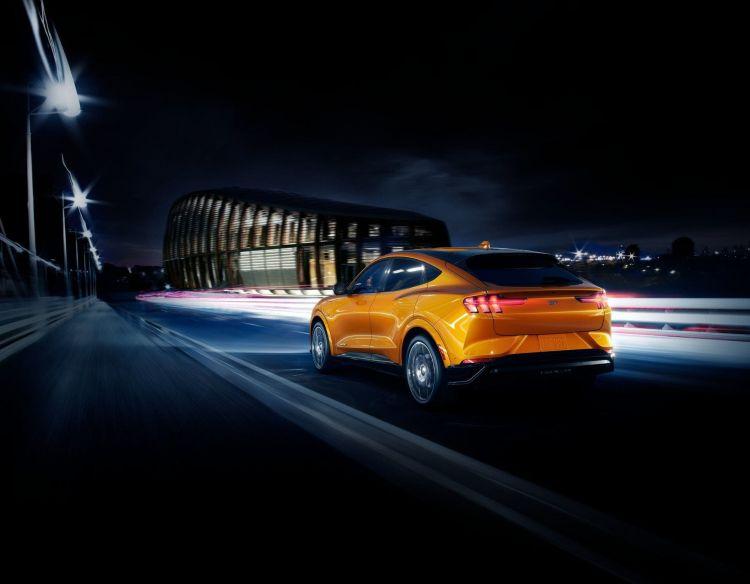 2021 Mustang Mach E Gt Cyber Orange