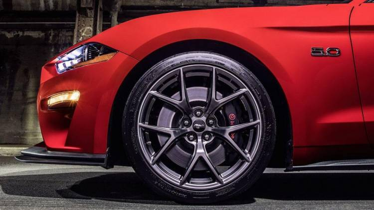 ford-mustang-performance-pack-level-2-7