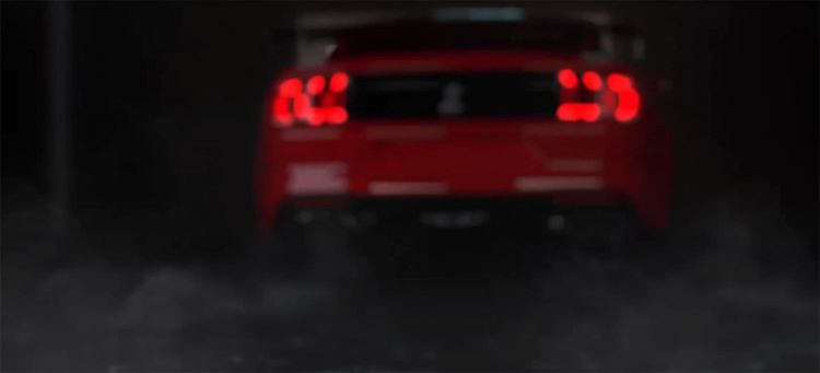 ford-mustang-shelby-gt500-710-cv-video-adelanto