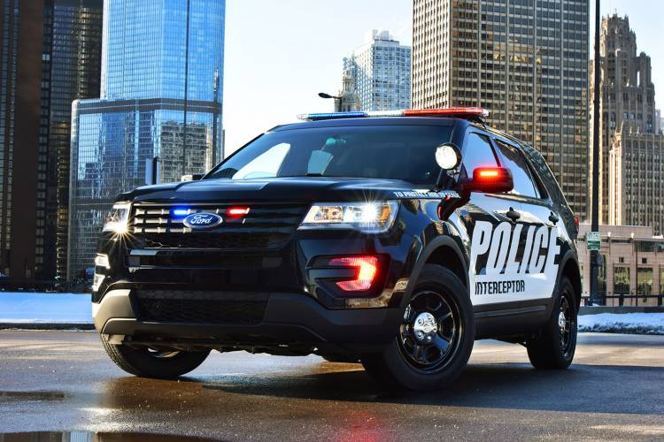 ford-police-interceptor-utility-01-1440px