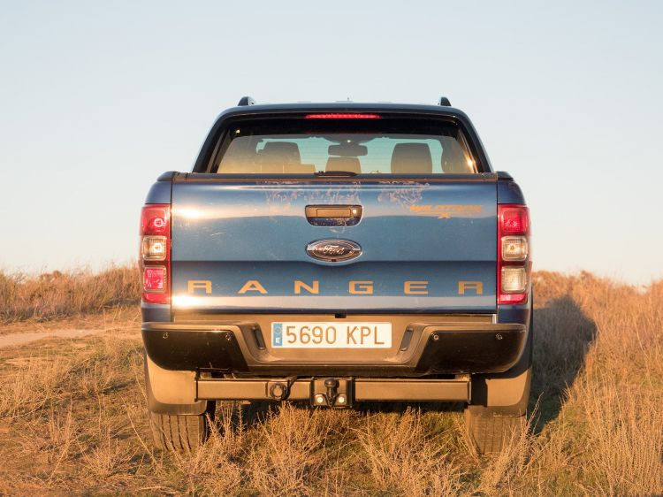 Ford Ranger Wildtrak Trasera 00012