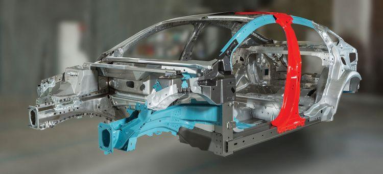 Ford Estudia Utilizar Un Subchasis Delantero De Fibra De Carbono 01