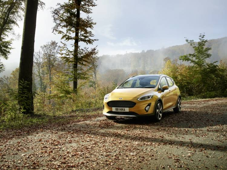 ford_fiesta2016_active_34_front_beauty_02