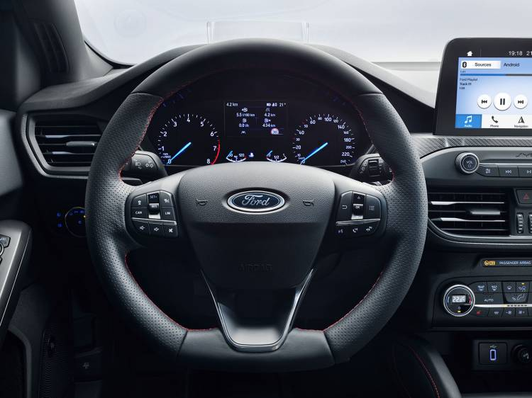 Ford Focus 2018 13