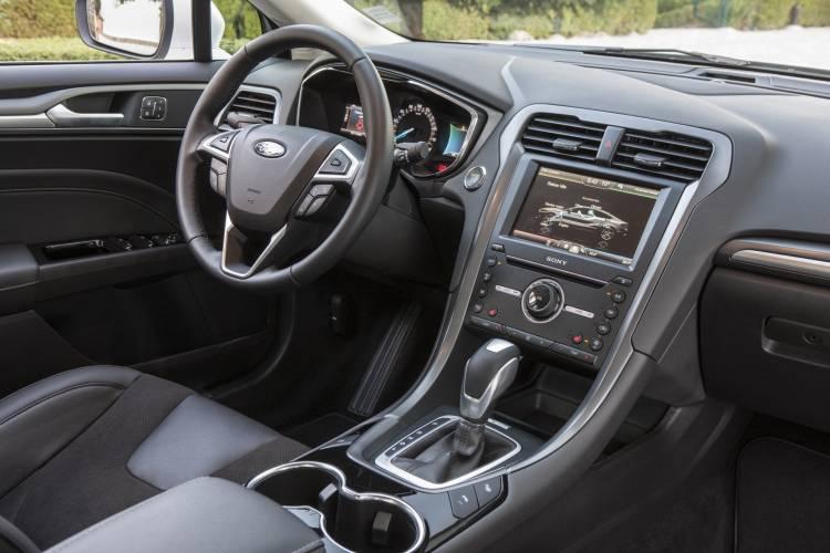 Fordmondeo Hybrid 10