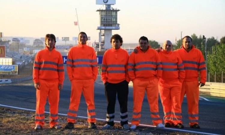 Los comisarios de pista en el Jarama