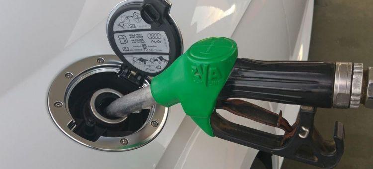 Gasolina Barata Repostar Deposito Audi