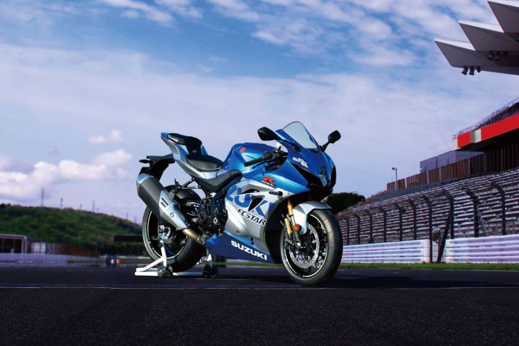 Gsx R1000rzam1 Action03