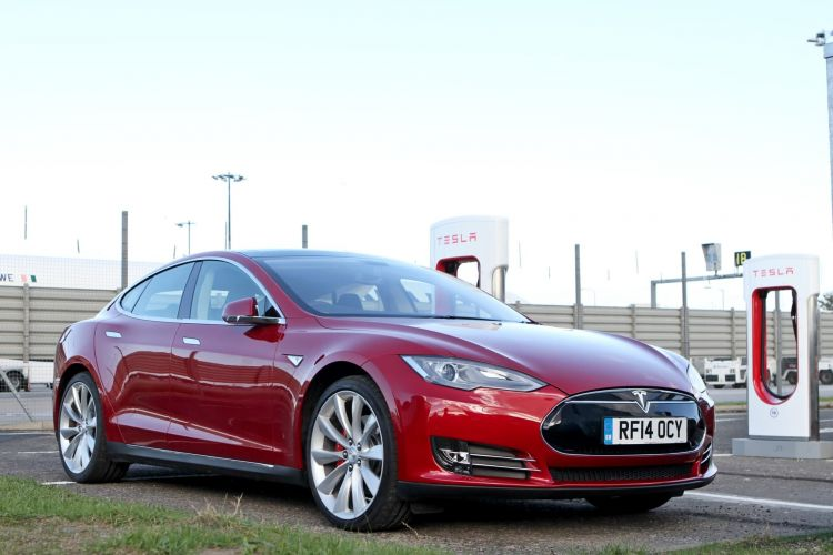 Guia Comprar Coche Electrico Necesidades Perfil Usuario Tesla Model S Supercharger