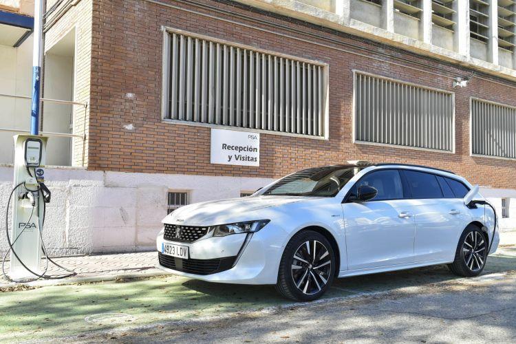 Guia Consejos Compra Coche Phev Peugeot 508 Carga 01