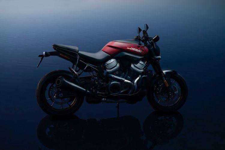 Harley Davidson Bronx B7 Blue Mk4735065