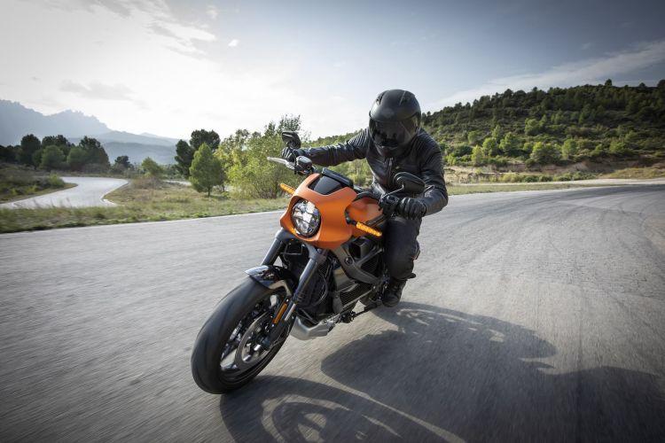 Harley Davidson Livewire Electrica Livewire Action1
