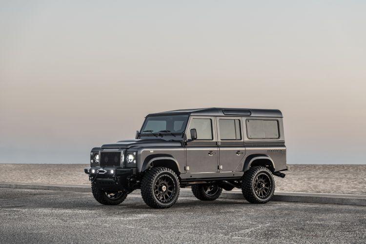 Himalaya Land Rover Defender 01