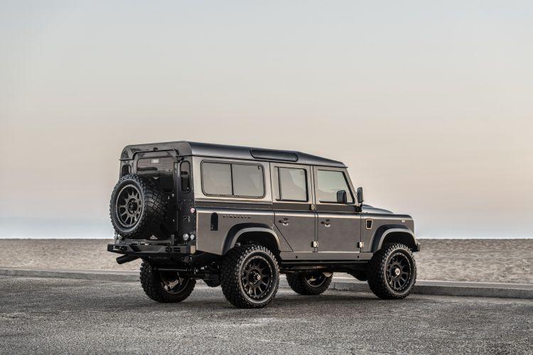 Himalaya Land Rover Defender 02