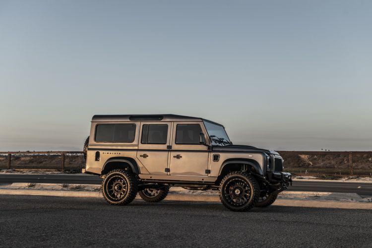 Himalaya Land Rover Defender 03
