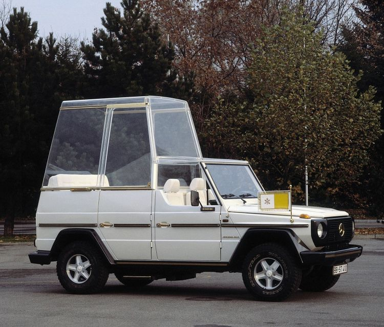 "Premiere Vor 40 Jahren: ""papamobil"" Auf Basis Der Mercedes Benz G Klasse Premiere 40 Years Ago: ""popemobile"" Based On The Mercedes Benz G Class"