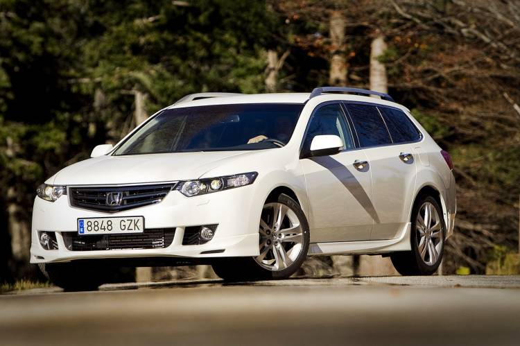 honda-accord-tourer-type-s-1