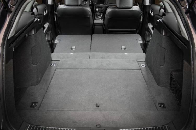 Honda Civic Tourer 2014, así es el compacto familiar de Honda y su maletero de 624 litros de capacidad