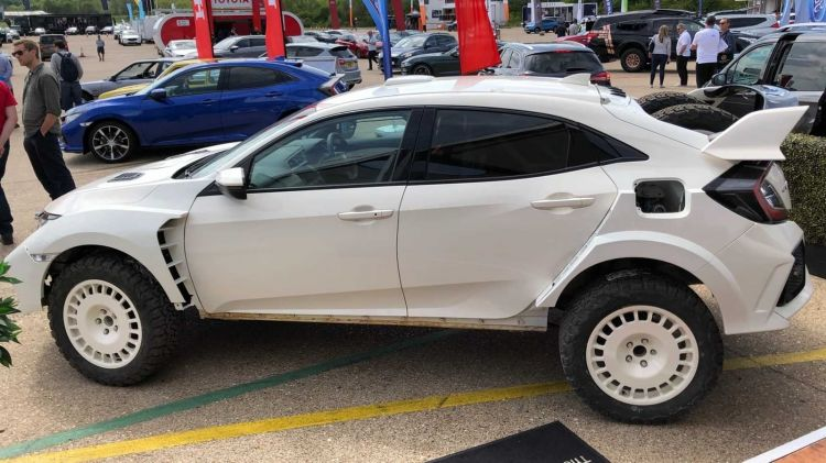 Honda Civic Type R Overland 0519 001
