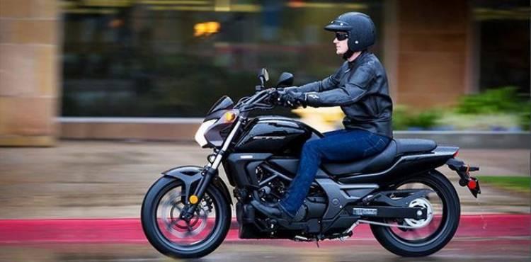 Honda CTX700, ¿touring, custom, urbana, o todas?