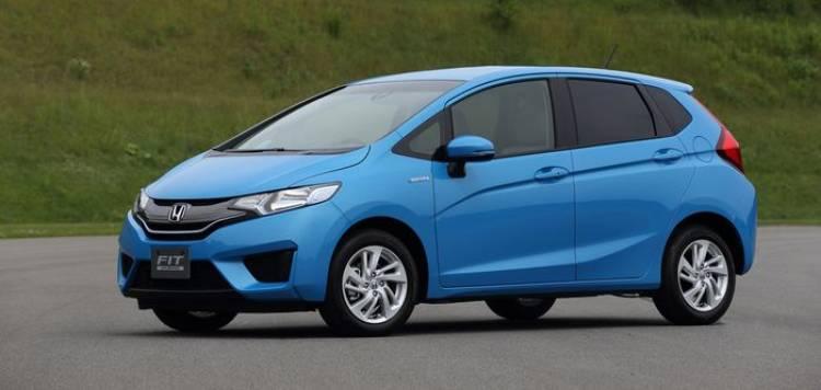 honda-fit-hybrid-2014-p-2