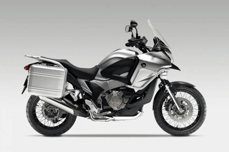 Honda V4 Crosstourer Concept