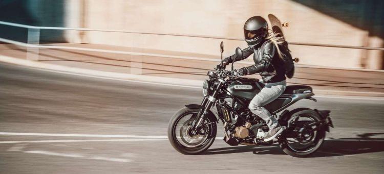 Husqvarna Svartpilen 125 2021 03 Oferta Motos 125 Cafe Racer Abril 2021 Portada