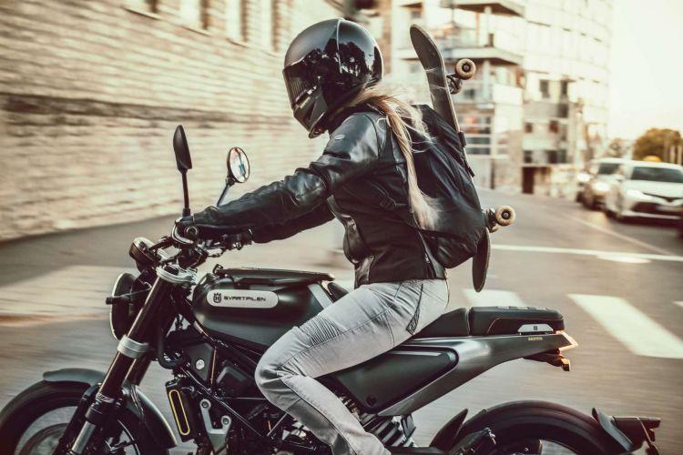 Husqvarna Svartpilen 125 2021 04 Oferta Motos 125 Cafe Racer Abril 2021