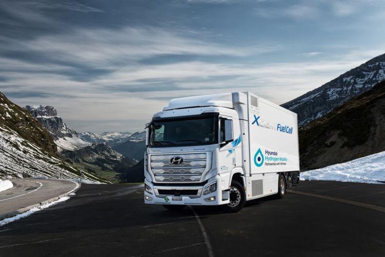 Hyundai Camion Xcient Fuel Cell Hidrogeno 05