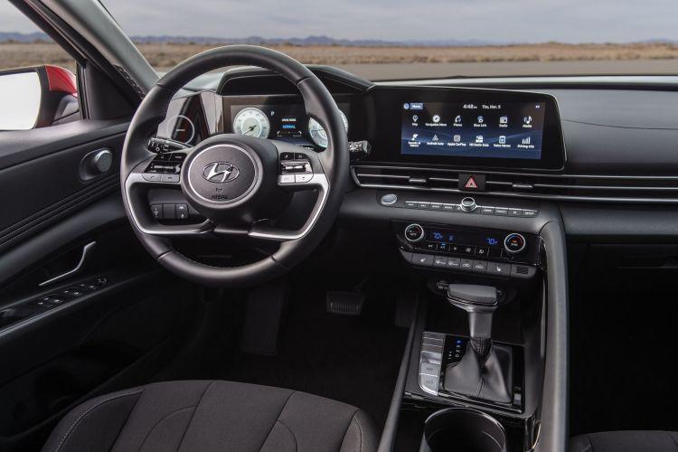 Hyundai Elantra 2020 21