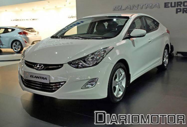 Hyundai Elantra en el Salón de Barcelona 2011