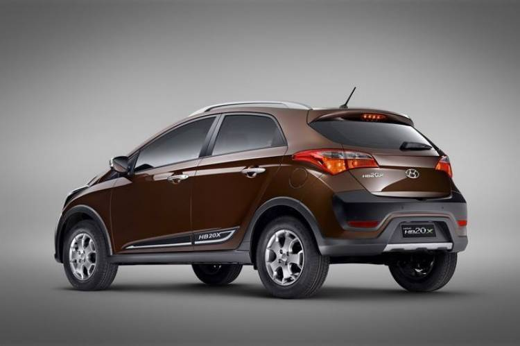 Hyundai HB20X, el Hyundai i20 brasileño tira al monte