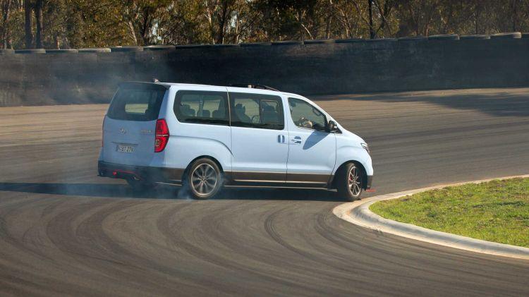 Hyundai Imax Drift 6