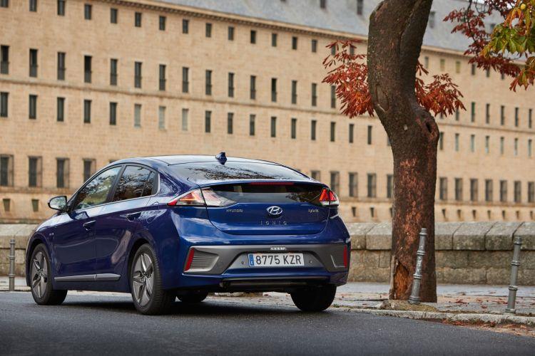 Hyundai Ioniq Oferta Abril 2021 Extrior 03