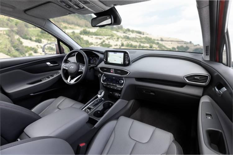 Hyundai Santa Fe Interior 02