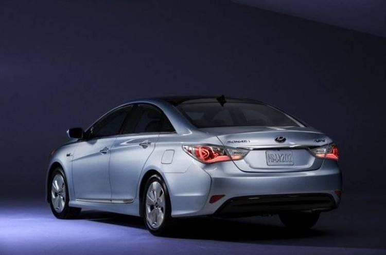 Hyundai garantiza de por vida la batería de su Sonata Hybrid