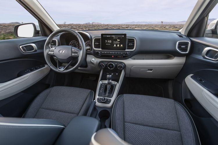 Hyundai Venue 2019 19