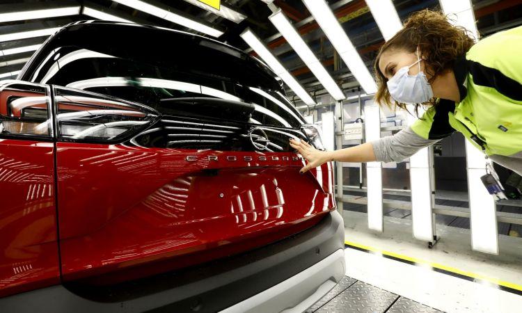 Inicio Fabricacion Opel Crossland 06