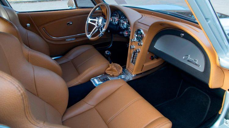 Interior Chevrolet Corvette C2