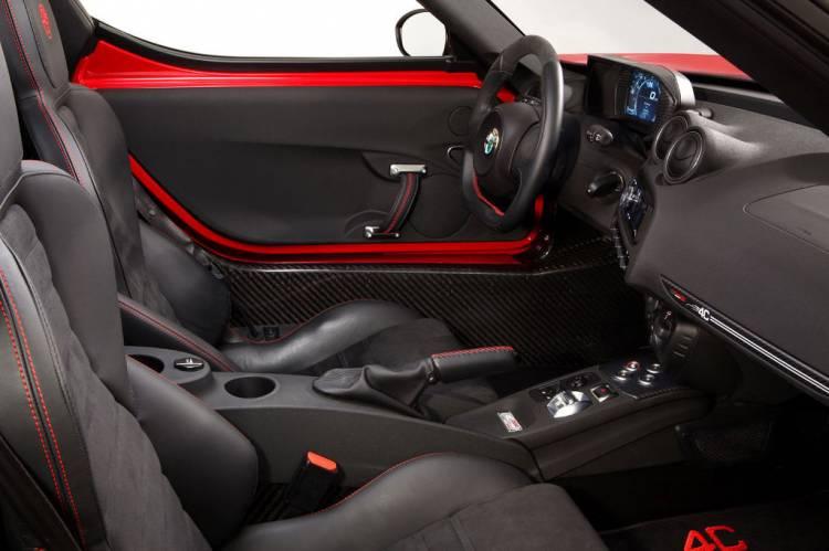 Imagen del interior del Alfa Romeo 4C